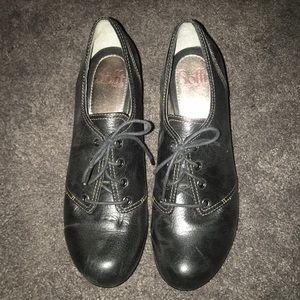 black tuxedo style heels